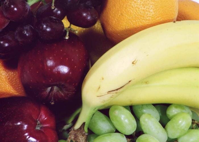 уголок здорового питания в школьной столовой